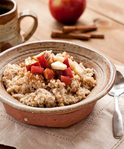 One Week Plan: Apple Almond Oatmeal